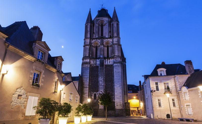 Abbaye Saint-Aubin